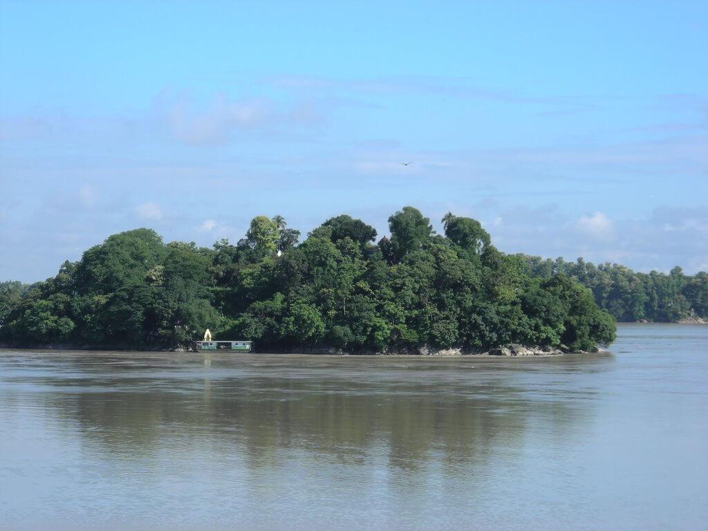 Umananda islnad, Guwahati tourist attraction